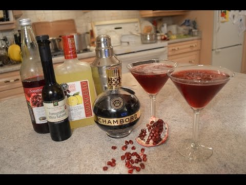 How to Make Pomegranate Lover's Cocktails: Wine Country Kitchens with Kimberly