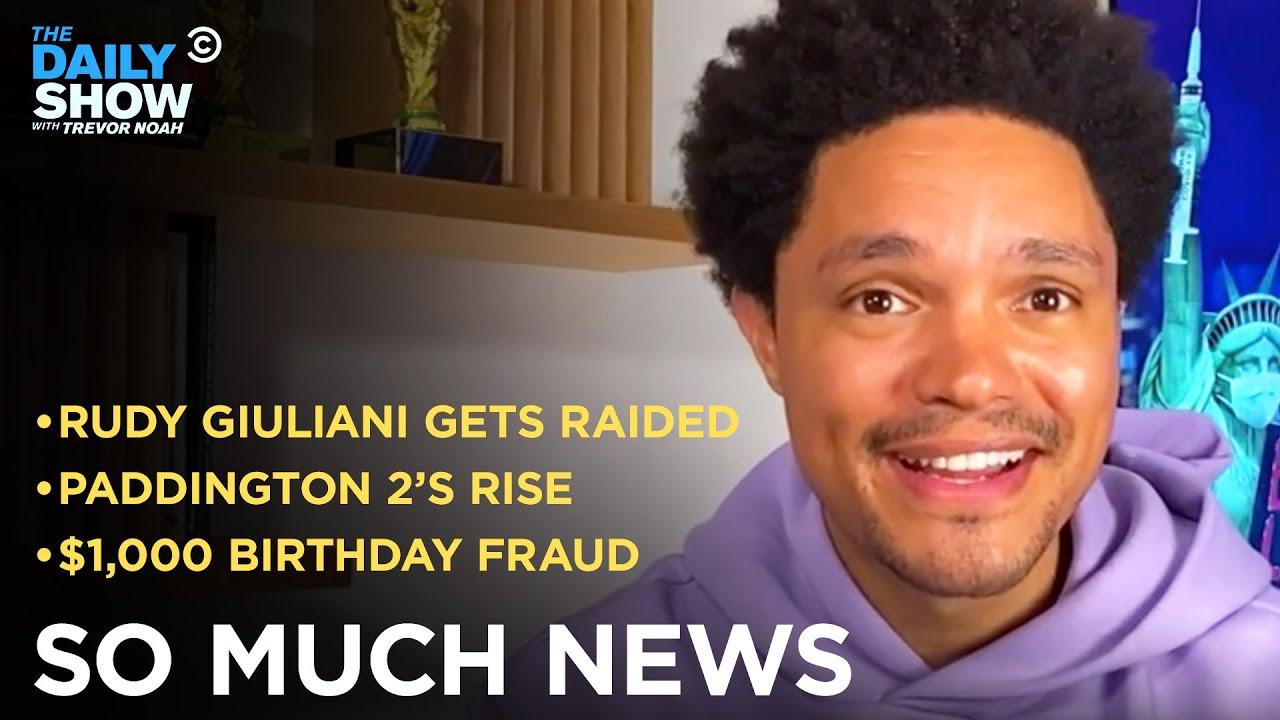 """Paddington 2"" Ousts ""Citizen Kane"" & FBI Raids Rudy Giuliani | The Daily Show"