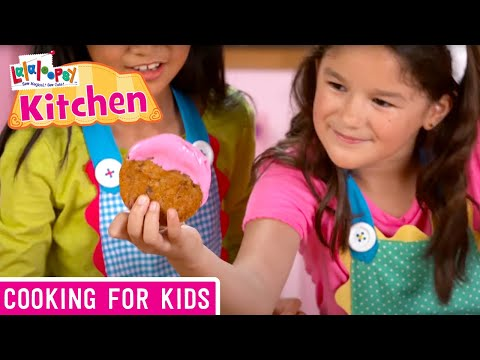 Lalaloopsy Kitchen: How to Make Ombre Cookies | We're Lalaloopsy | Now Streaming on Netflix!