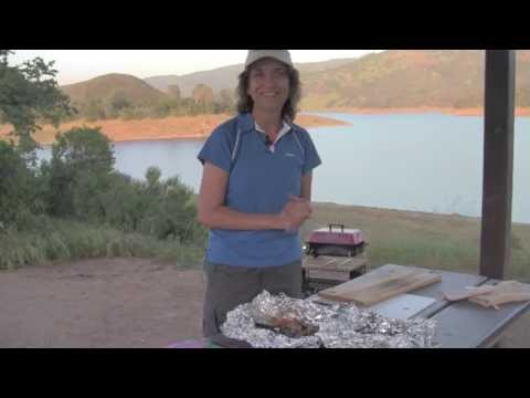 Foil Wrapped Chicken Dinner - Cook On The BBQ - Easy Clean Up - Rockin Robin Goes Camping!