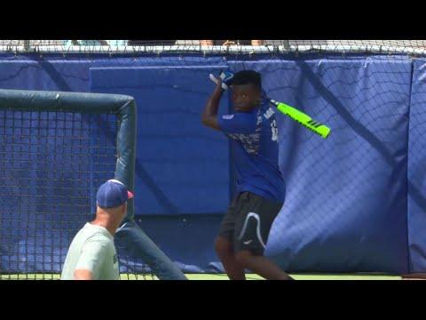 13 year old hits home run at SunTrust Park
