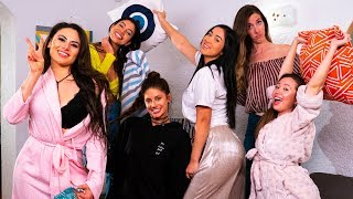 Best Girly Sleepover | Hannah Stocking