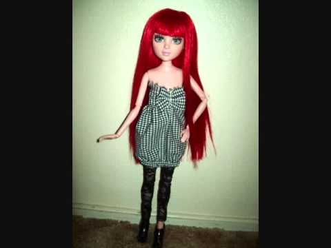 My custom made wigs and cloting i got for my dolls.wmv