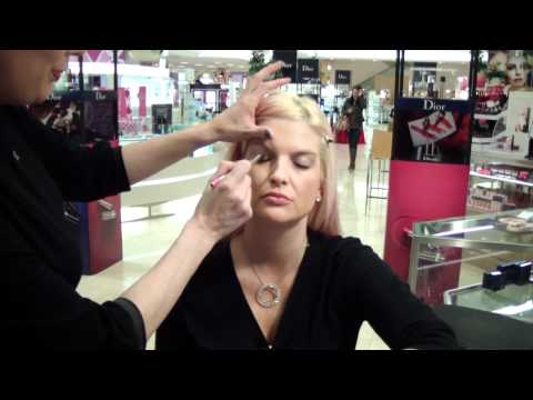 Spend the Day with a Dior Makeup Artist - Dior New Look Event! MUA