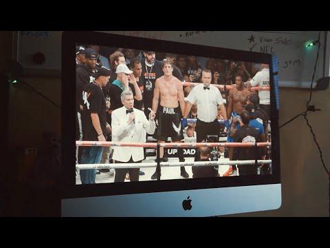 Watching the Ksi vs Logan Paul Fight