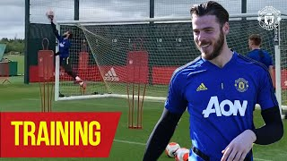 Training | David De Gea back doing what he does best! ⚡️🤩🔥 | Manchester United