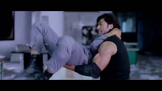 Amazing Stunts Of Vidyut Jammwal