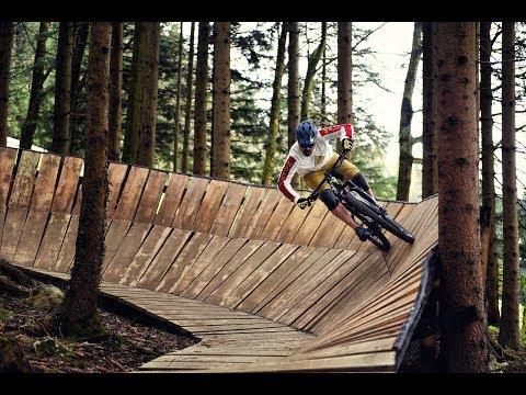 bikesport Magazin - Mountainbike Fahrtechnik: Sicher durch den Bikepark