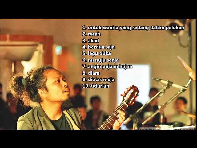 Download KUMPULAN LAGU PAYUNG TEDUH YANG PALING ENAK DI DENGAR MP3 Gratis