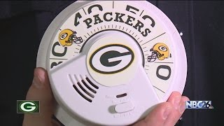 Green Bay and Atlanta firefighters make a friendly wager on Sunday's game