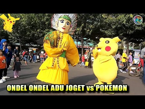 Ondel Ondel Vs Badut Pokemon Pikachu Heboh Adu Joget Lucu Bingit