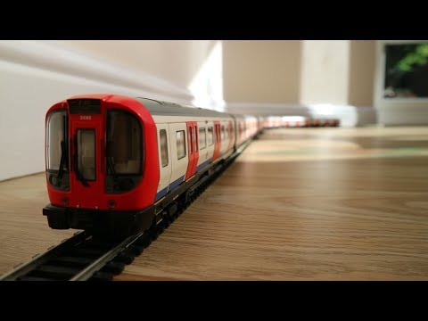 Opening the London Underground S Stock by Bachmann