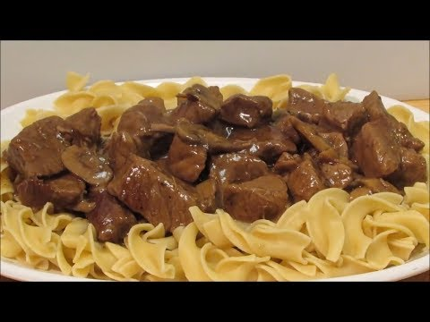 How to make Beef & Noodles with Mushroom Gravy!!!