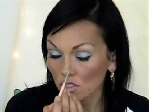 How to Make Your Nose Look Smaller or Straighter | Kandee Johnson