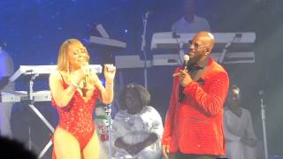 "Mariah Carey & R. Kelly ""The Christmas Song"" Live at The Beacon Theatre 12/8/16"