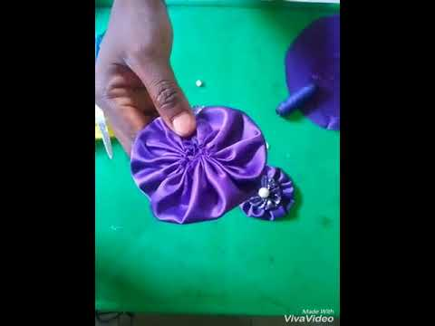 How to make Fabric Flowers - yoyo flowers/brooches