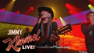 """Willie Nelson Performs """"Heartaches By The Number"""""""