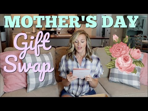 MOTHER'S DAY GIFT SWAP // YOUTUBE MAMAS // YOUTUBE SWAP