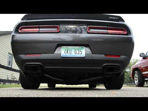 Dodge Challenger SRT Hellcat Warm Start, Idle, Rev and Burnout