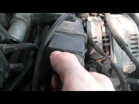 1996 Ford Thunderbird-How to clean MAF sensor and change PCV valve- PART 1