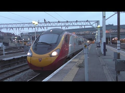 Trains at London Euston | 14/02/2017