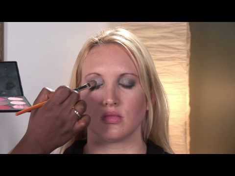 Makeup Tips : How to Pick the Right Makeup Colors for Your Skin Tone