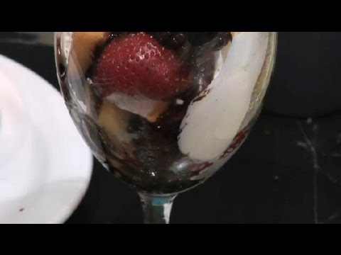 How to Make Balsamic Syrup : Tomato Salads & Other Recipes