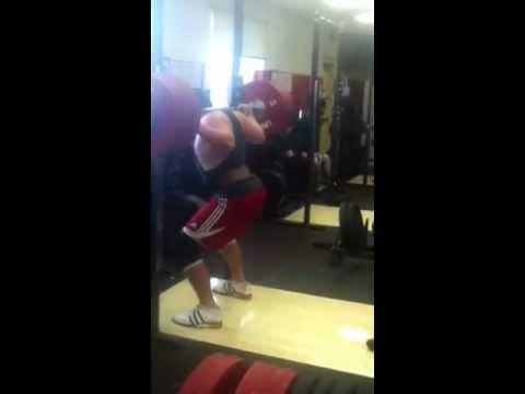 Luke Belliveau 540lb/245kg back squat @ 17 yoa