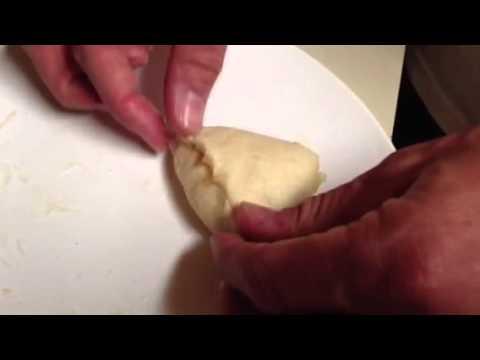 How to Make Homemade Apple Turnovers