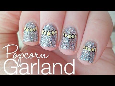 1MNT: Popcorn Garland Christmas Nails