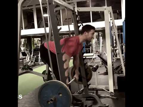 Deadlifts with Back Row - strong wide back