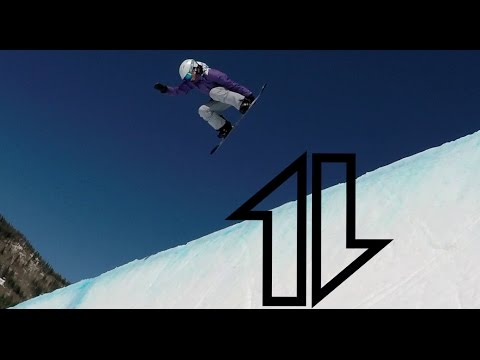 Snowboard turns with a bunch of people at Nationals