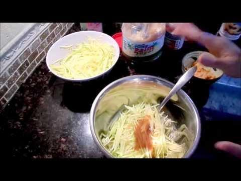 Green Mango Salad Thai Style