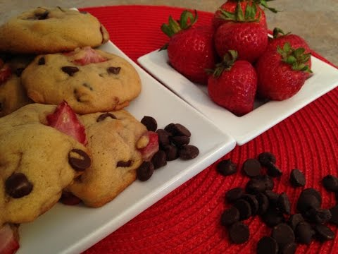 Strawberry Chocolate Chip Cookies - Rise Wine & Dine - Episode 35