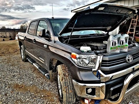 Changing oil in a Toyota Tundra