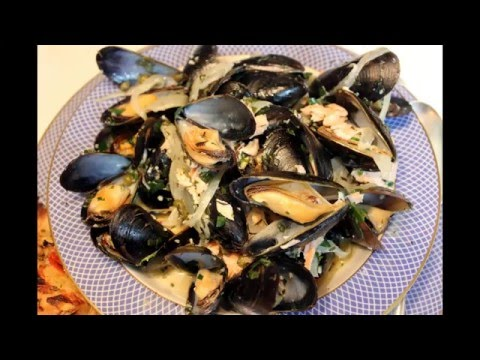 Mussels, French Style with White Wine, Cream and Capers