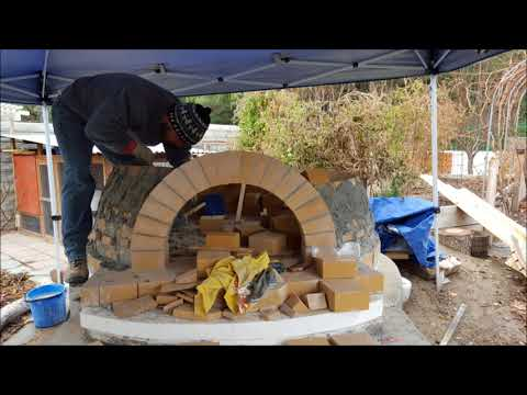 Wood Fired Brick Oven Build - Pompeii Style Pizza Oven