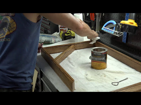 Build a shadow box without cutting the glass. DIY shadow box