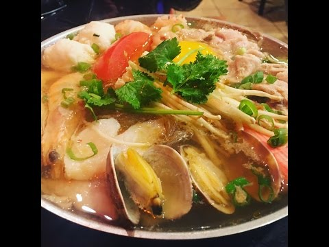 Eating Best Taiwanese  Hot Pot & Seafood Experience