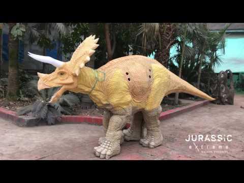 Jurassic Extreme Walking Triceratops Dinosaur Costume