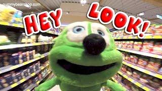 Hey Look! Silly Gummibär The Gummy Bear Video