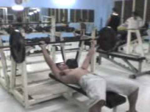natz on bench press warm-up @ 100 lbs