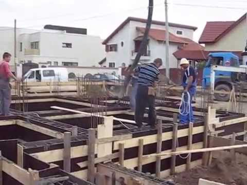 How to build a concrete foundation for a new house