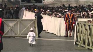 Raw: Pope Francis Greets Costumed
