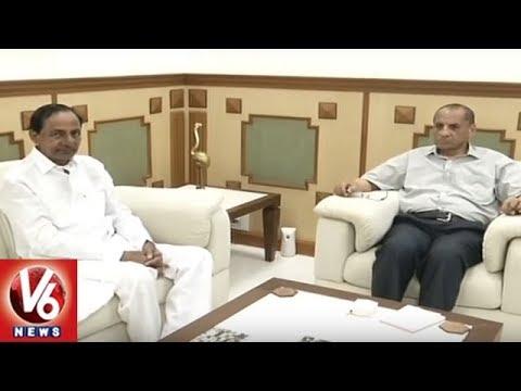 CM KCR Meets Governor Narasimhan At Raj Bhavan, Invites For Telangana Formation Day Celebrations |V6