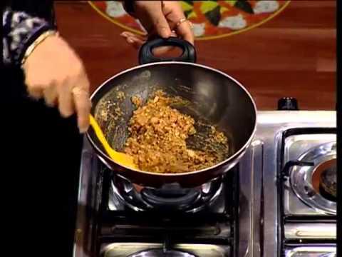 Learn how to make yummy gond ka halwa
