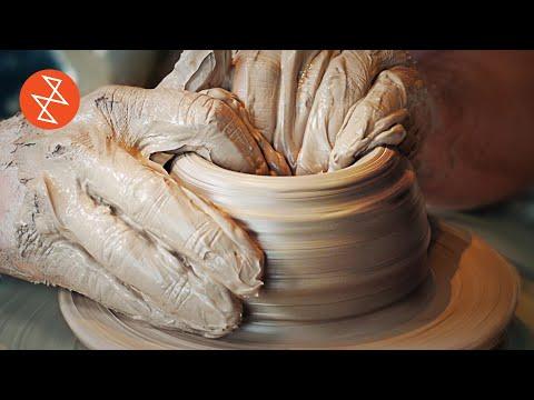 Making a Stoneware Teapot | Throwing, Glazing & Firing | Où se trouve: Le Potier Pothier