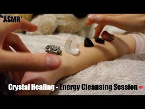 ASMR CRYSTAL HEALING ENERGY CLEANSING SESSION (SUPER RELAXING, HAND MOVEMENTS + WHISPER) !! (-__-)
