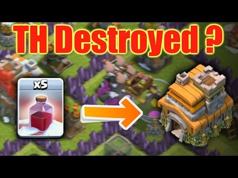 CLASH OF CLANS - 5 X SANTA'S SURPRISE SPELL ON TOWN HALL ♦ Can It Destroy ?