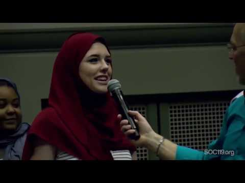 Xxx Mp4 NON Muslim Girls First Time Trying Hijab Look What They Have To Say 3gp Sex